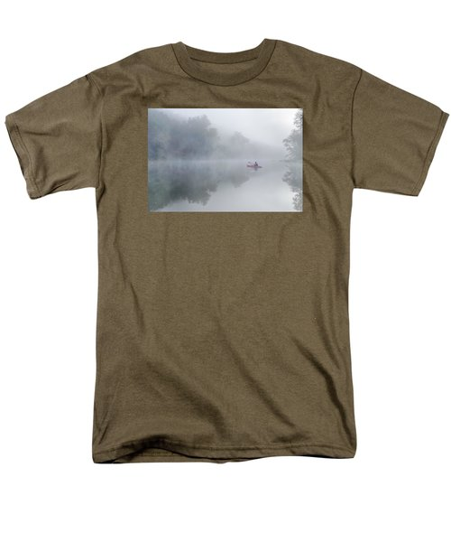 Paddling In The White Men's T-Shirt  (Regular Fit) by Robert Charity