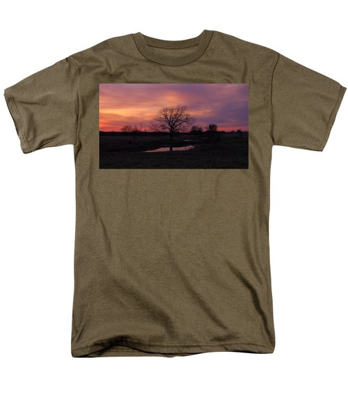 Men's T-Shirt  (Regular Fit) featuring the photograph Painted Sky by Ricardo J Ruiz de Porras