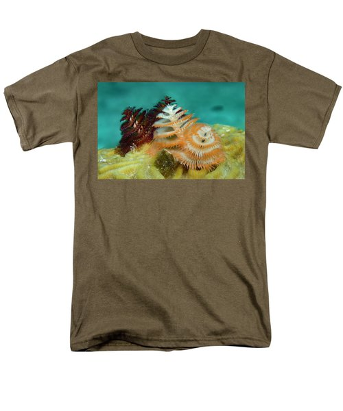Men's T-Shirt  (Regular Fit) featuring the photograph Pair Of Christmas Tree Worms by Jean Noren