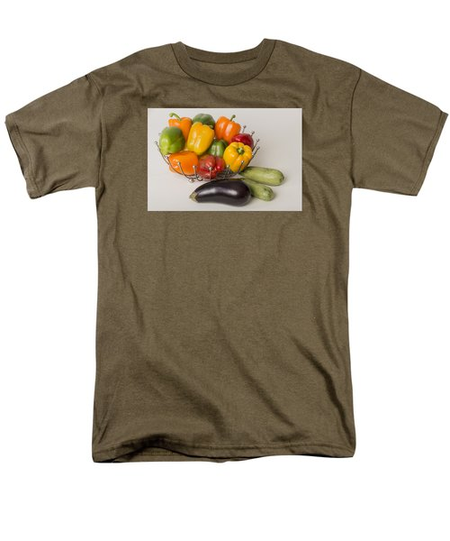 Pepper To Squash Men's T-Shirt  (Regular Fit) by Laura Pratt