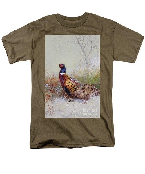 Pheasants In The Snow Men's T-Shirt  (Regular Fit)