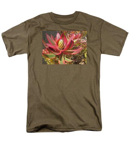 Pineapple King Flower Men's T-Shirt  (Regular Fit) by Tina M Wenger