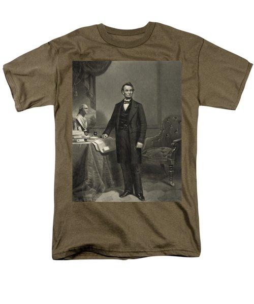President Abraham Lincoln Men's T-Shirt  (Regular Fit) by International  Images