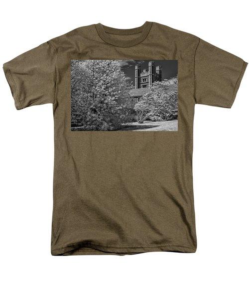 Men's T-Shirt  (Regular Fit) featuring the photograph Princeton University Buyers Hall by Susan Candelario