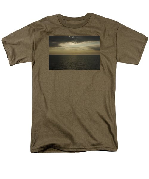 Men's T-Shirt  (Regular Fit) featuring the photograph Rays Of Beauty by Greg Graham