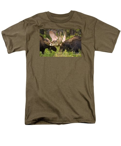 Men's T-Shirt  (Regular Fit) featuring the photograph Reach Advantage by Aaron Whittemore