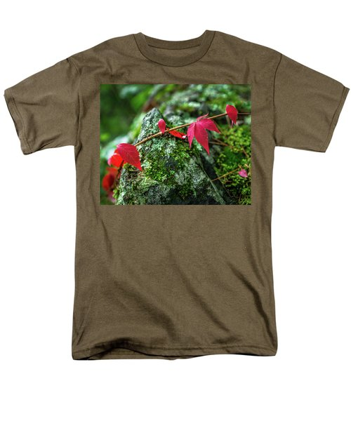 Men's T-Shirt  (Regular Fit) featuring the photograph Red Vine by Bill Pevlor