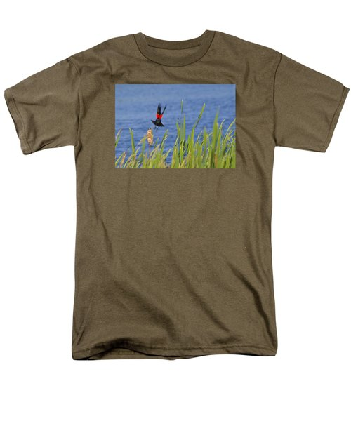 Red Wing Bow Men's T-Shirt  (Regular Fit) by Shelly Gunderson