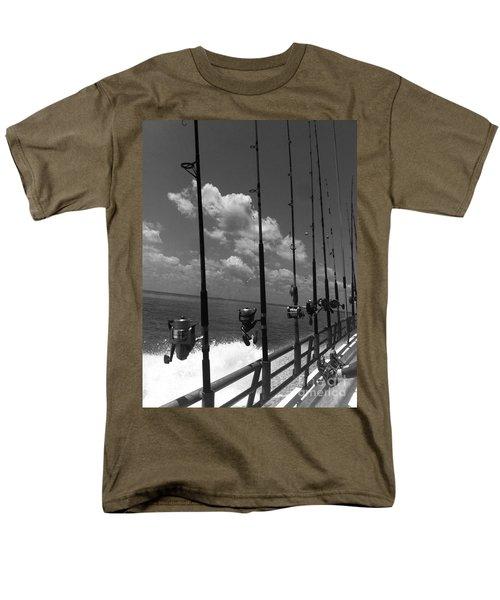 Reel Clouds Men's T-Shirt  (Regular Fit)