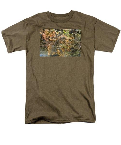 Reflecting Gold Men's T-Shirt  (Regular Fit) by Linda Geiger