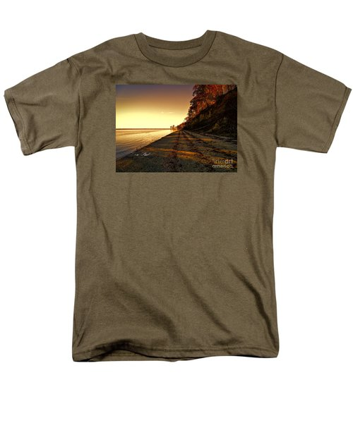 Relaxing In Surry Virginia Men's T-Shirt  (Regular Fit) by Melissa Messick