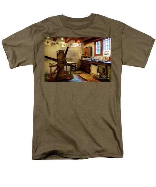 Men's T-Shirt  (Regular Fit) featuring the photograph Rembrandt's Former Graphic Workshop In Amsterdam by RicardMN Photography