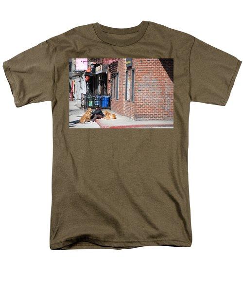 Resting On The Corner Men's T-Shirt  (Regular Fit) by Rob Hans