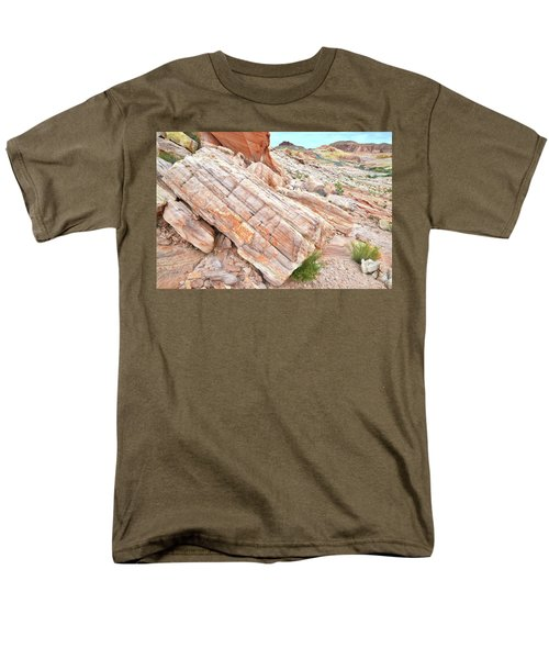 Men's T-Shirt  (Regular Fit) featuring the photograph Roadside Sandstone In Valley Of Fire by Ray Mathis