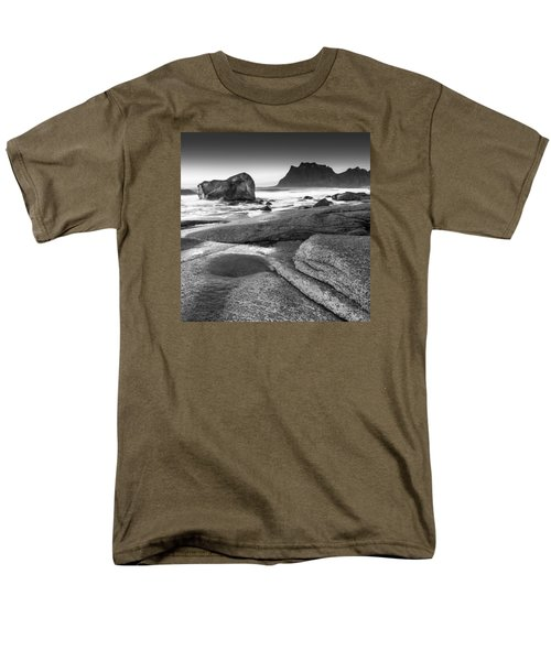 Rock Solid Men's T-Shirt  (Regular Fit)