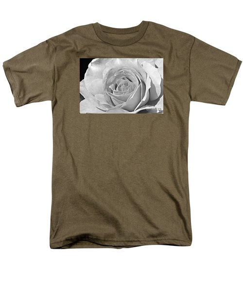 Rose In Black And White Men's T-Shirt  (Regular Fit) by Mindy Bench