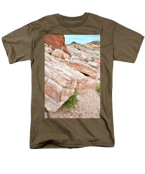 Men's T-Shirt  (Regular Fit) featuring the photograph Sandstone Along Park Road In Valley Of Fire by Ray Mathis