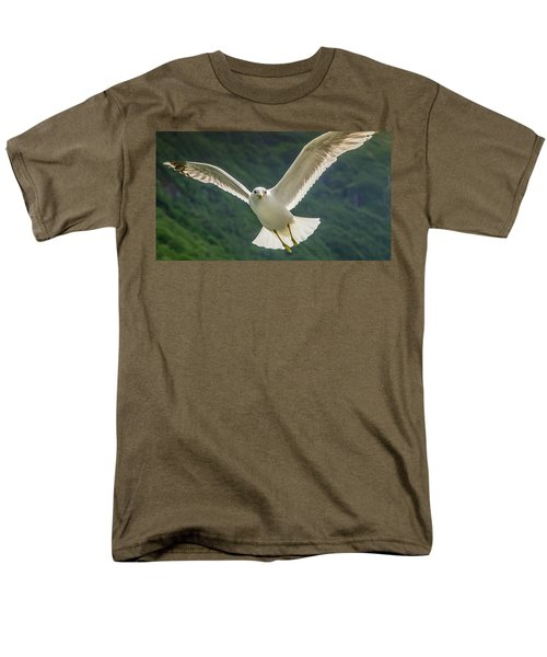 Seagull At The Fjord Men's T-Shirt  (Regular Fit) by KG Thienemann