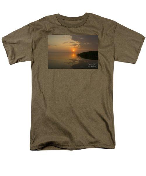 Men's T-Shirt  (Regular Fit) featuring the photograph Serene Evening by Inge Riis McDonald