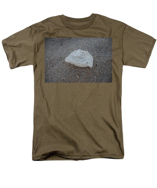 Shell And Sand Men's T-Shirt  (Regular Fit) by Rob Hans