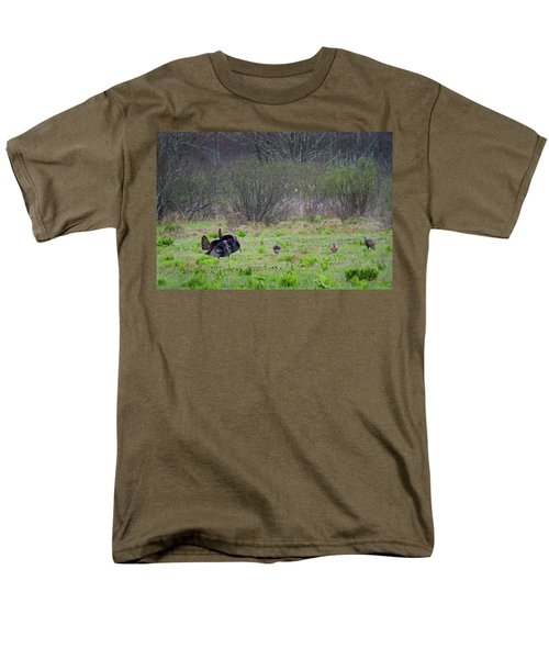 Men's T-Shirt  (Regular Fit) featuring the photograph Showing Off by Bill Wakeley