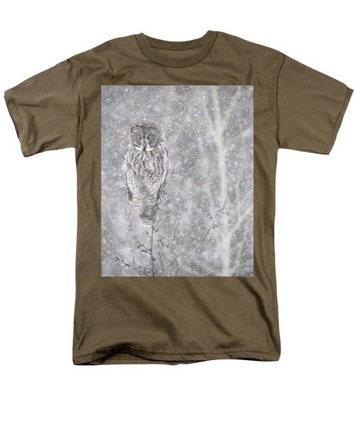 Men's T-Shirt  (Regular Fit) featuring the photograph Silent Snowfall Portrait by Everet Regal