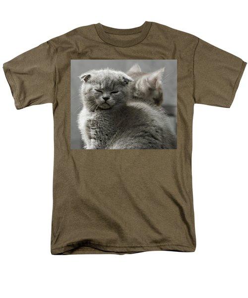 Slumbering Cat Men's T-Shirt  (Regular Fit) by Evgeniy Lankin