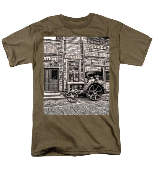 Snohomish Antiques Men's T-Shirt  (Regular Fit) by Sonya Lang