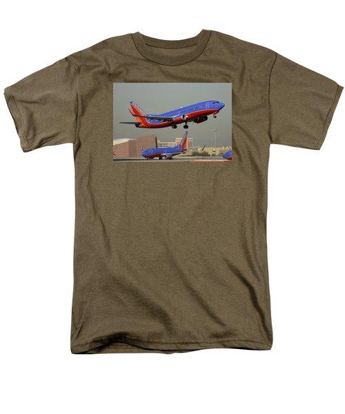 Southwest Boeing 737-3h4 N392sw Phoenix Sky Harbor December 2 2015 Men's T-Shirt  (Regular Fit) by Brian Lockett