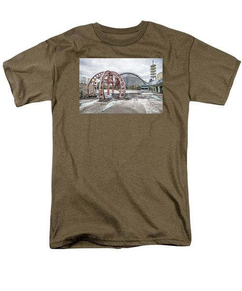 Spaced Out Men's T-Shirt  (Regular Fit)