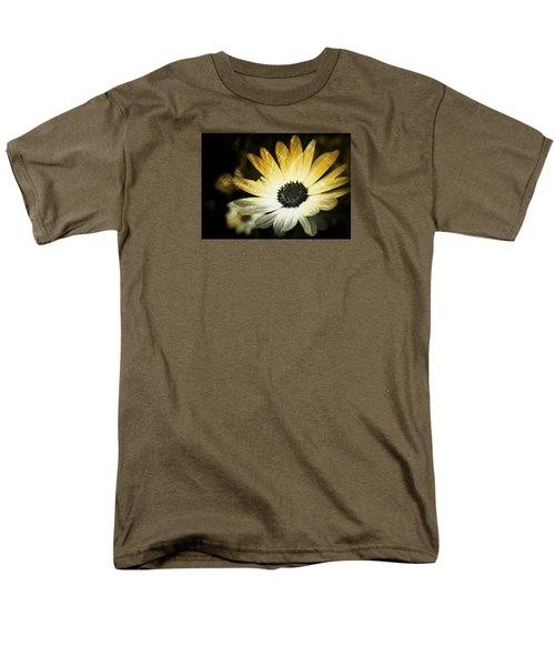 Sparkle Daisies Men's T-Shirt  (Regular Fit) by Robin Regan