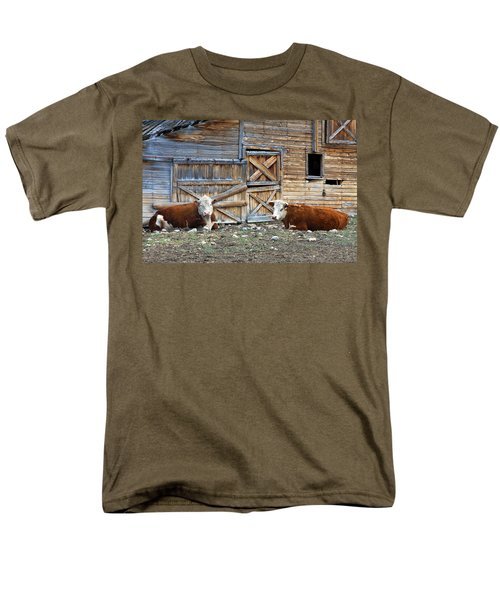 Squires Herefords By The Rustic Barn Men's T-Shirt  (Regular Fit) by Karon Melillo DeVega