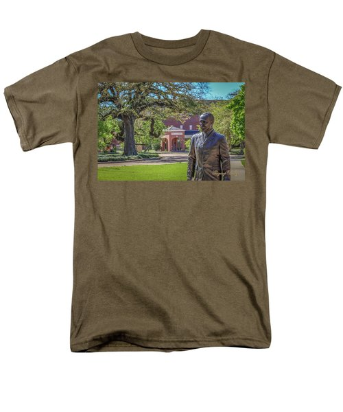 Men's T-Shirt  (Regular Fit) featuring the photograph Stephens, Oaks And Walk Of Honor by Gregory Daley  PPSA