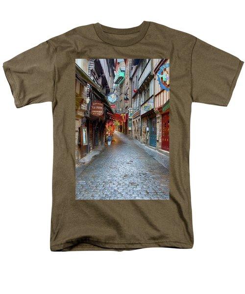 Street Le Mont Saint Michel Men's T-Shirt  (Regular Fit) by Hugh Smith