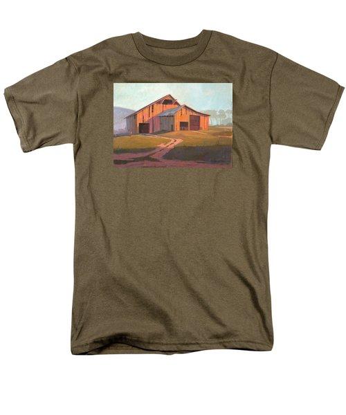 Sunset Barn Men's T-Shirt  (Regular Fit)