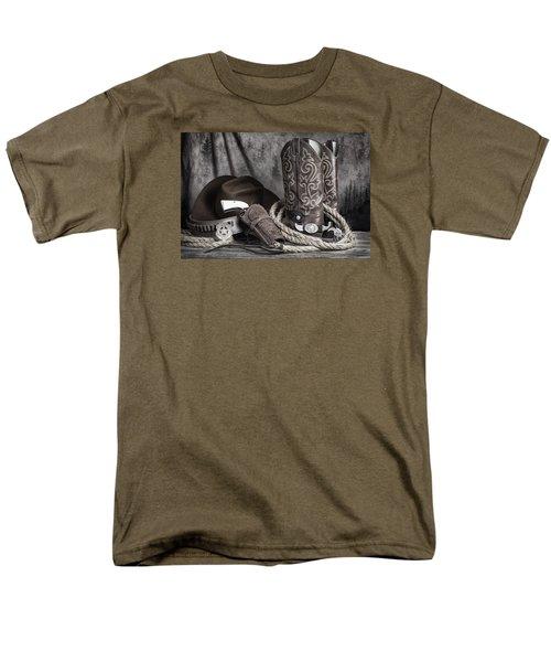 Men's T-Shirt  (Regular Fit) featuring the photograph Texas Lawman by Tom Mc Nemar