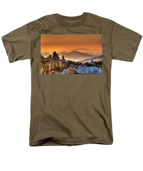 Men's T-Shirt  (Regular Fit) featuring the photograph The Ahh Moment by Lynn Geoffroy