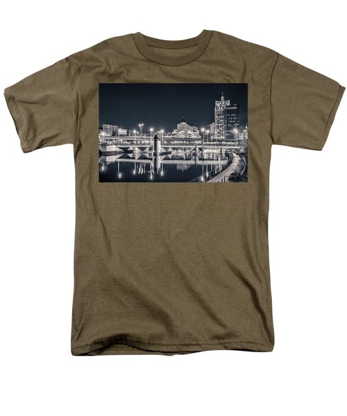 Men's T-Shirt  (Regular Fit) featuring the photograph The Bright Dark Of Night by Bill Pevlor