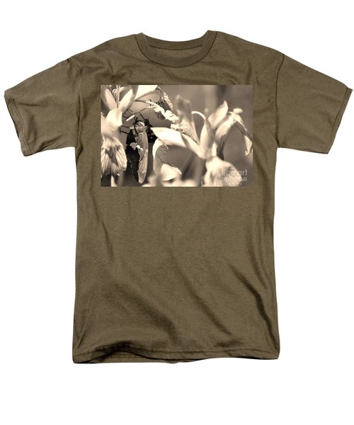 The Butterfly Men's T-Shirt  (Regular Fit) by Donna Greene