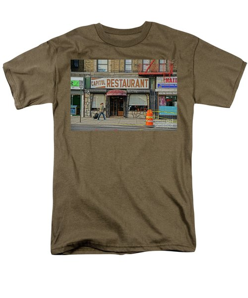 Men's T-Shirt  (Regular Fit) featuring the photograph The Capitol by Cole Thompson