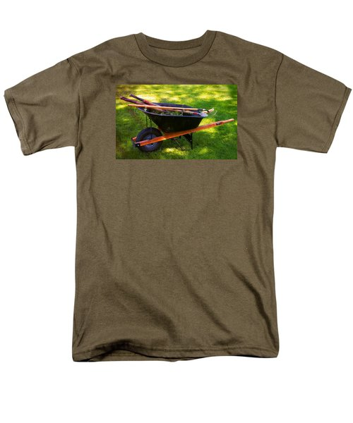 Men's T-Shirt  (Regular Fit) featuring the photograph The Gardener by Bob Pardue