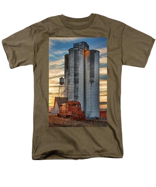 The Great Western Sugar Mill Longmont Colorado Men's T-Shirt  (Regular Fit)