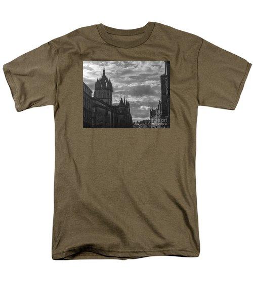 The High Kirk Of Edinburgh Men's T-Shirt  (Regular Fit) by Amy Fearn