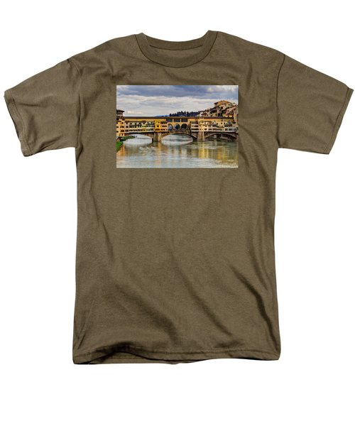 Men's T-Shirt  (Regular Fit) featuring the photograph The Ponte Vecchio by Wade Brooks