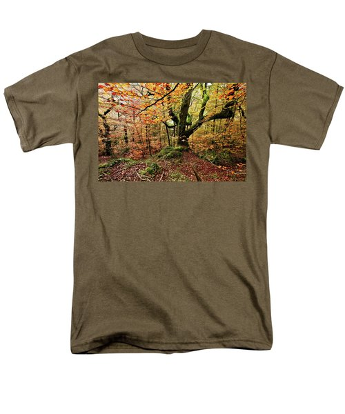 Men's T-Shirt  (Regular Fit) featuring the photograph The Protector by Jorge Maia