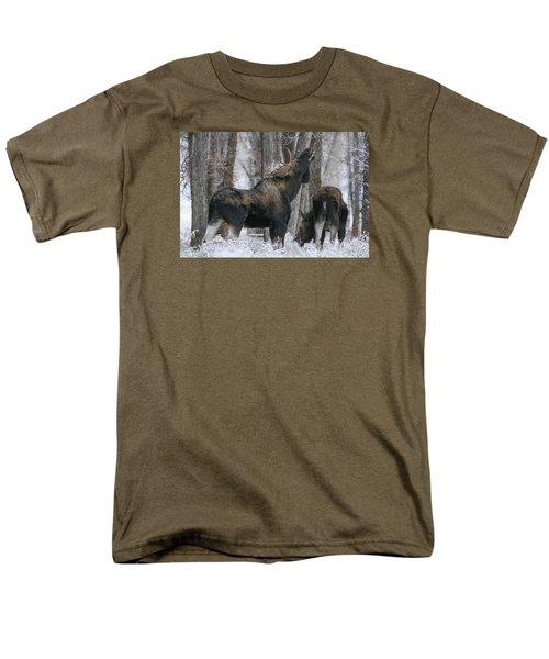 The Rut Men's T-Shirt  (Regular Fit) by Gary Hall