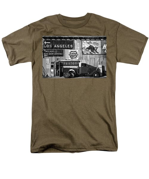 This Way To L.a. Men's T-Shirt  (Regular Fit) by Marius Sipa