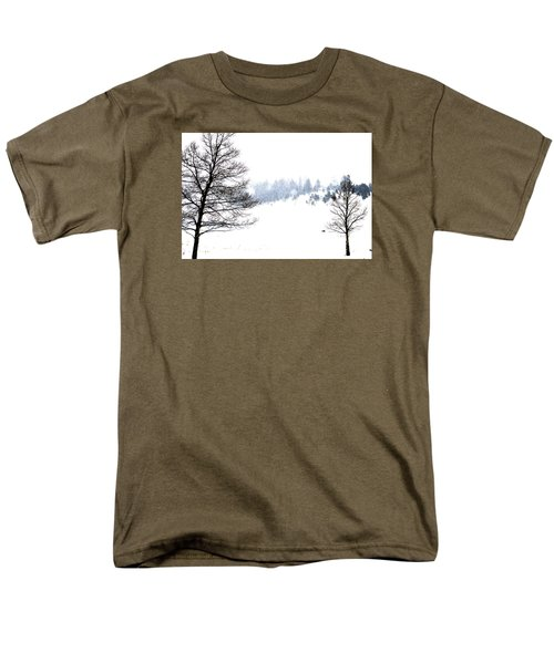 Through The Falling Snow Men's T-Shirt  (Regular Fit)