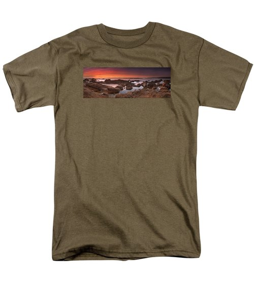 To Sea's Unknown Men's T-Shirt  (Regular Fit) by John Chivers