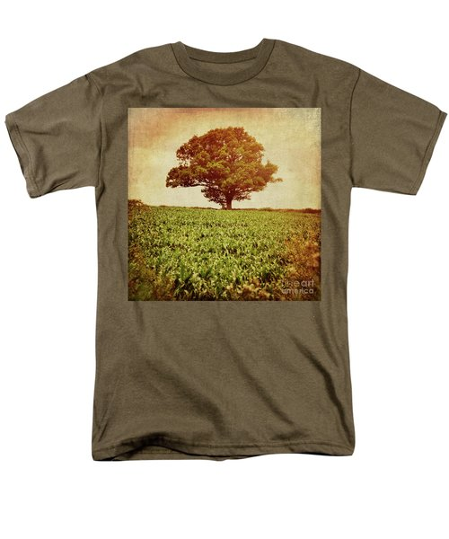 Men's T-Shirt  (Regular Fit) featuring the photograph Tree On Edge Of Field by Lyn Randle